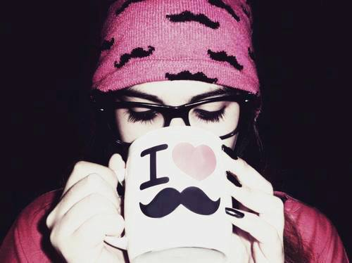 آواتار دخترونه با کلاه